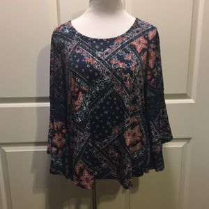 1X Roommates Blouse with Bell Sleeves